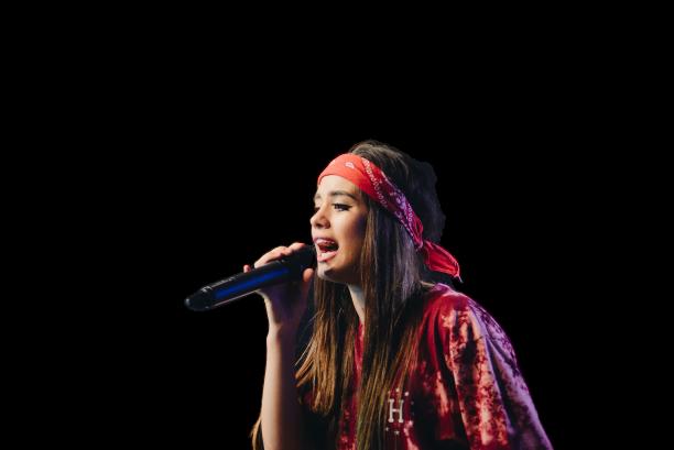 Entrenamiento vocal para cantantes femeninas.